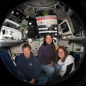 Dr. Rika Anderson (center) and colleagues in the DSV Alvin ~7 years ago.